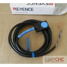 EZ-18T KEYENCE Proximity Sensor