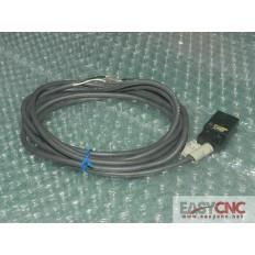 TL-W5MD1 Omron proximity switch new